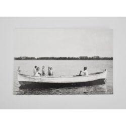 lapset veneessä kortti